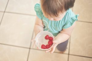 toddler-with-cranberry