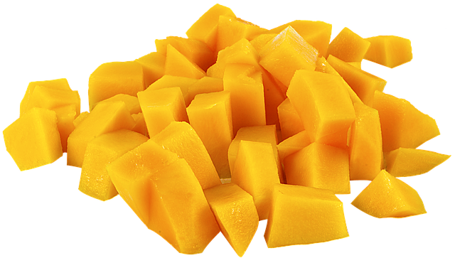 cutting-mango