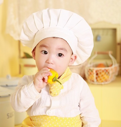 eating-baby-chef
